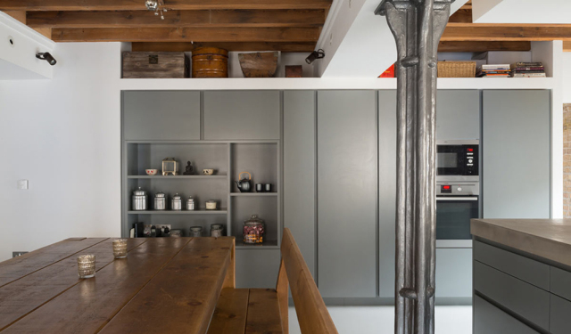 19th century warehouse apartment becomes loft
