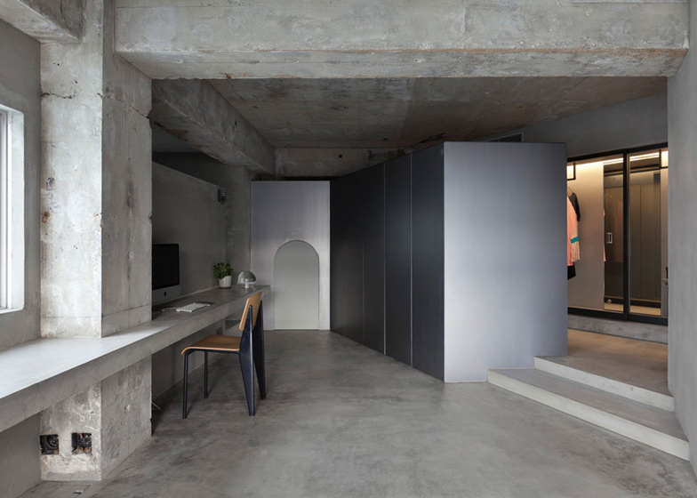 Bare-concrete-apartment-by-Airhouse-Design-2