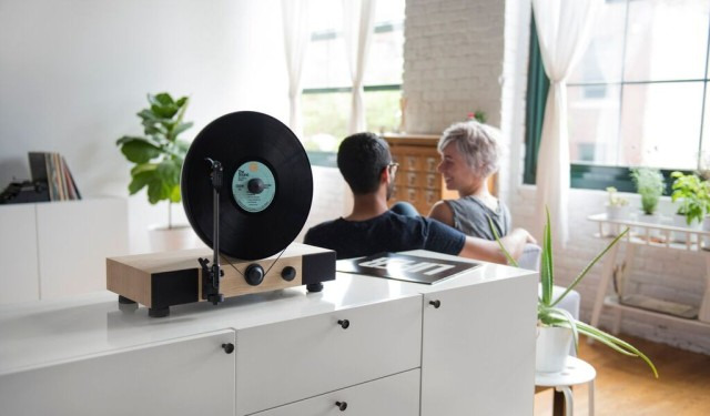 Floating Record spins vinyl right out of the box!