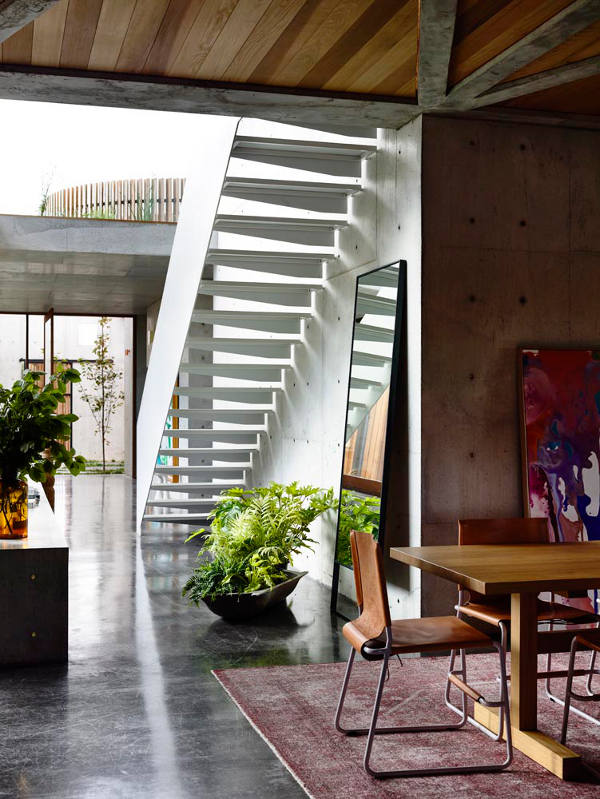 Studded-Concrete-Home-stairs