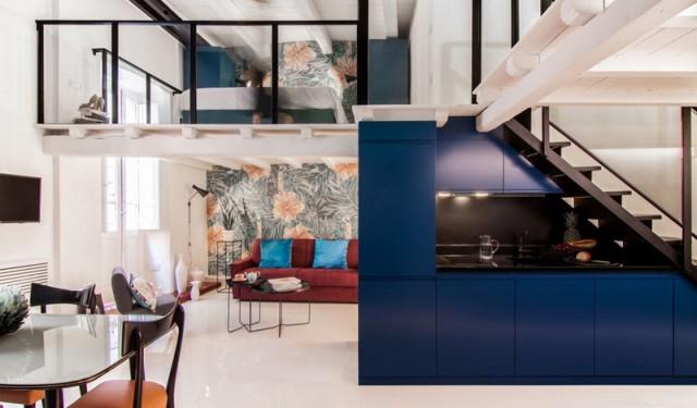 Kobaltblauw loft appartement in Italië