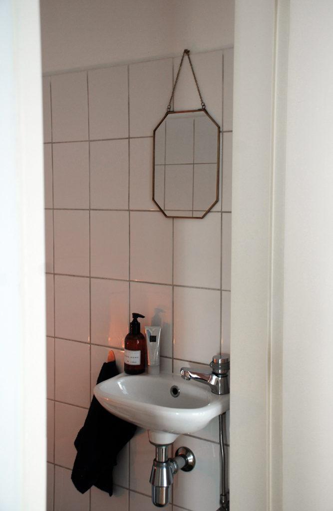 label1114-toilet-01