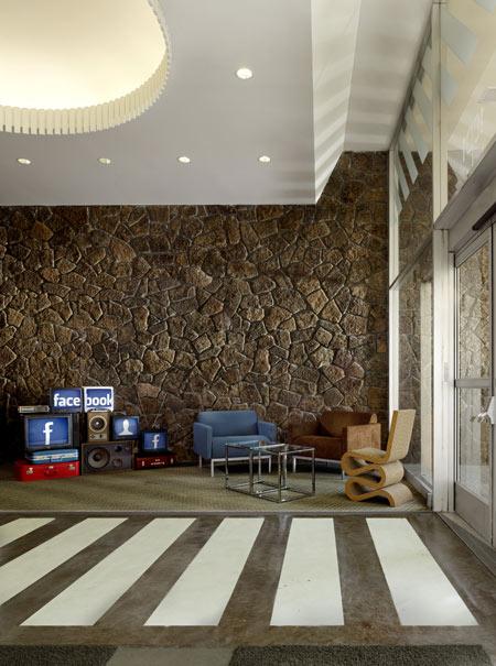 Facebook-Headquarters-by-Studio-loungeMeeting