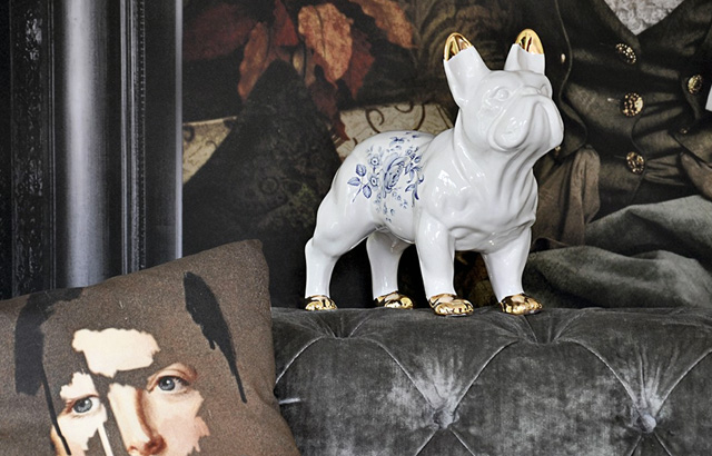 Mineheart-cushion-Delf-bulldog