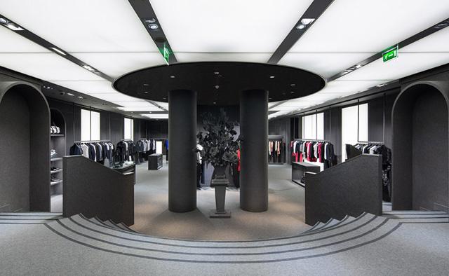 Viktor-Rolf-Boutique-07
