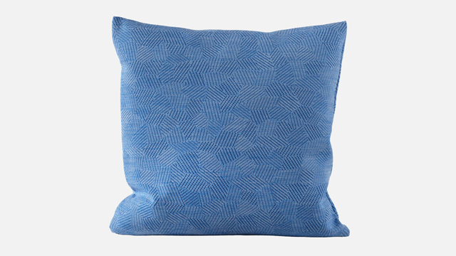 razzleDazzle-artic-cushion2